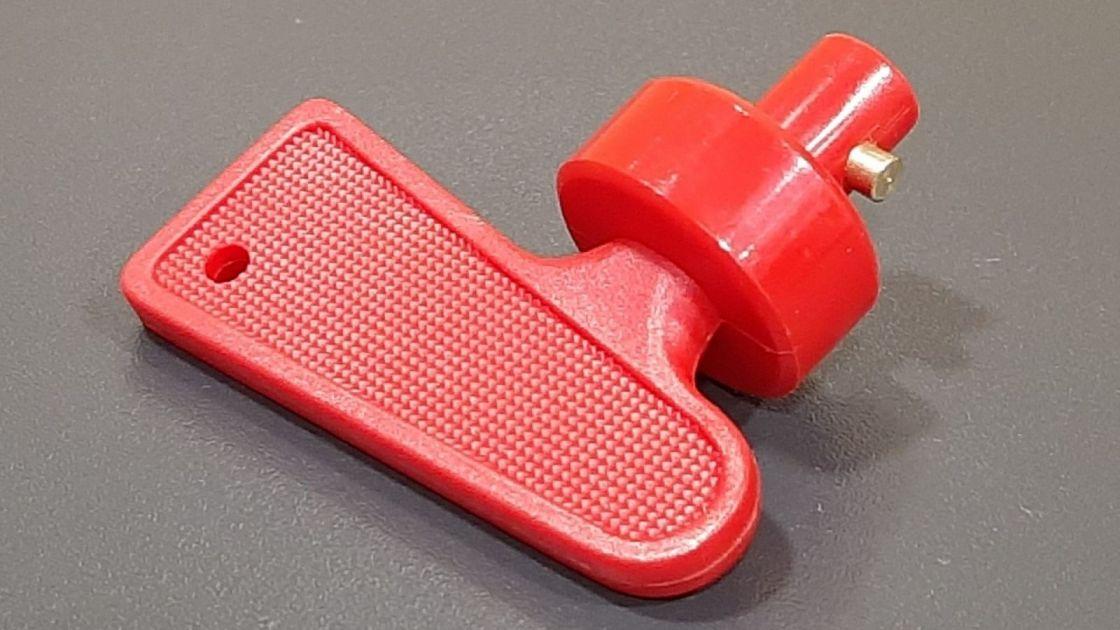 ključ za prekidač baterije