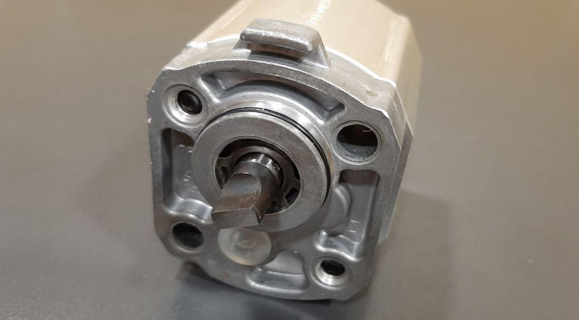 pumpa hidraulike HALDEX WP03B1-1880293, WP03B1-1880047